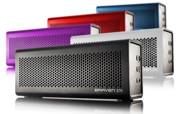 Braven-570-Portable-Bluetooth-Speaker-Mic-Powerbank
