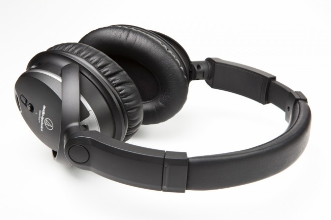 Audio-Technica-ATH-ANC27-QuietPoint-Active Noise-Canceling-Headphones