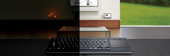 logitech-k830-night-day