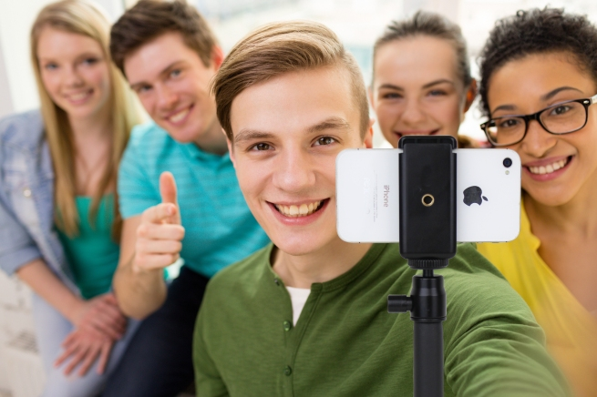 Satechi Smart Selfie Extension Monopod - 12
