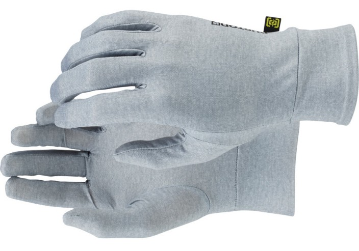 burton-touchscreen-liner