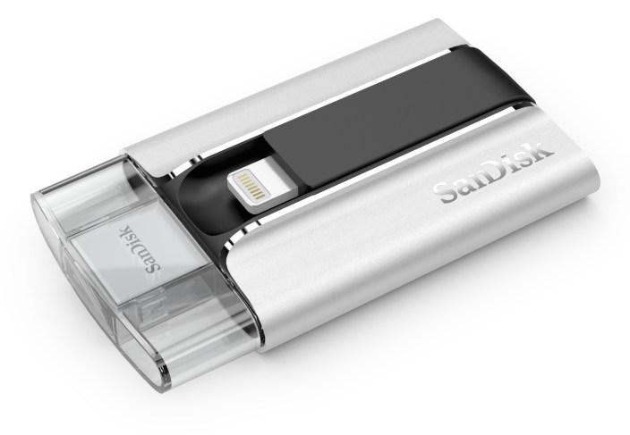 iXpand-sandisk-flash-drive