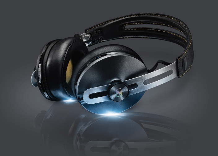 MOMENTUM_II_Wireless_Black_High_Class