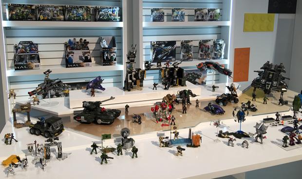 MegaHalo-Bloks-Toy-Fair-01