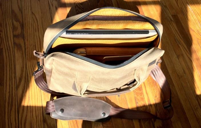 waterfield-designs-bolt-briefcase-interior