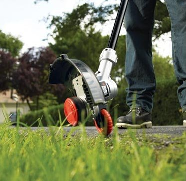 black-and-decker-lst400-electric-string-trimmer-sale-01