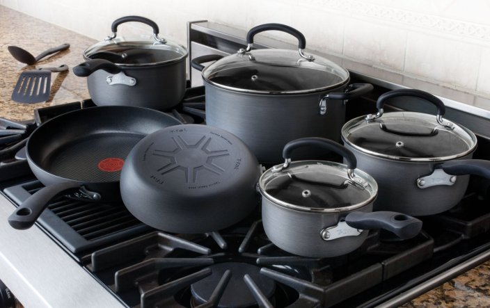 12-Piece T-fal Ultimate Hard Anodized Nonstick Expert Interior Cookware Set-sale-01