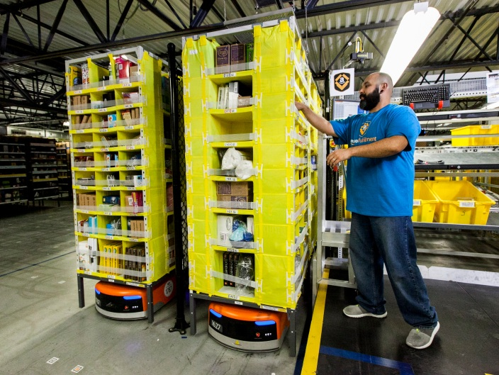 amazon-fulfillment-warehouse
