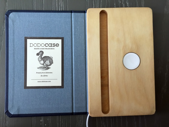 dodocase-9to5toys-giveaway