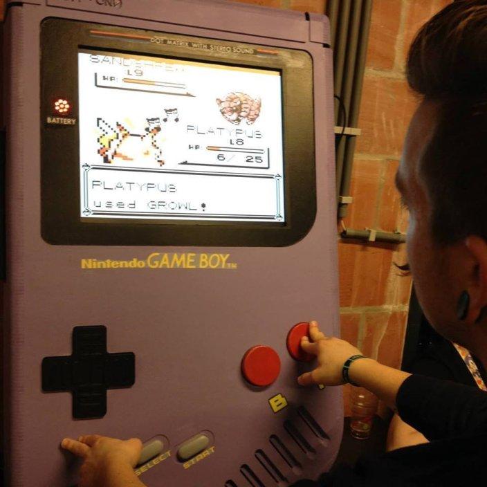 Game Boy XXL-Nintendo-giant-05
