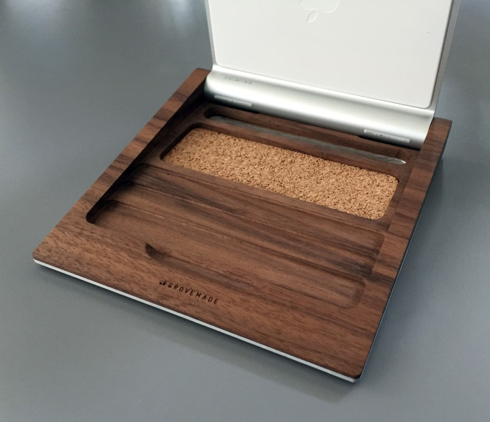 grovemade-trackpad-tray-inside