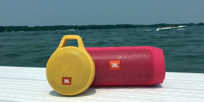 jbl-charge-clip-bluetooth-speakers