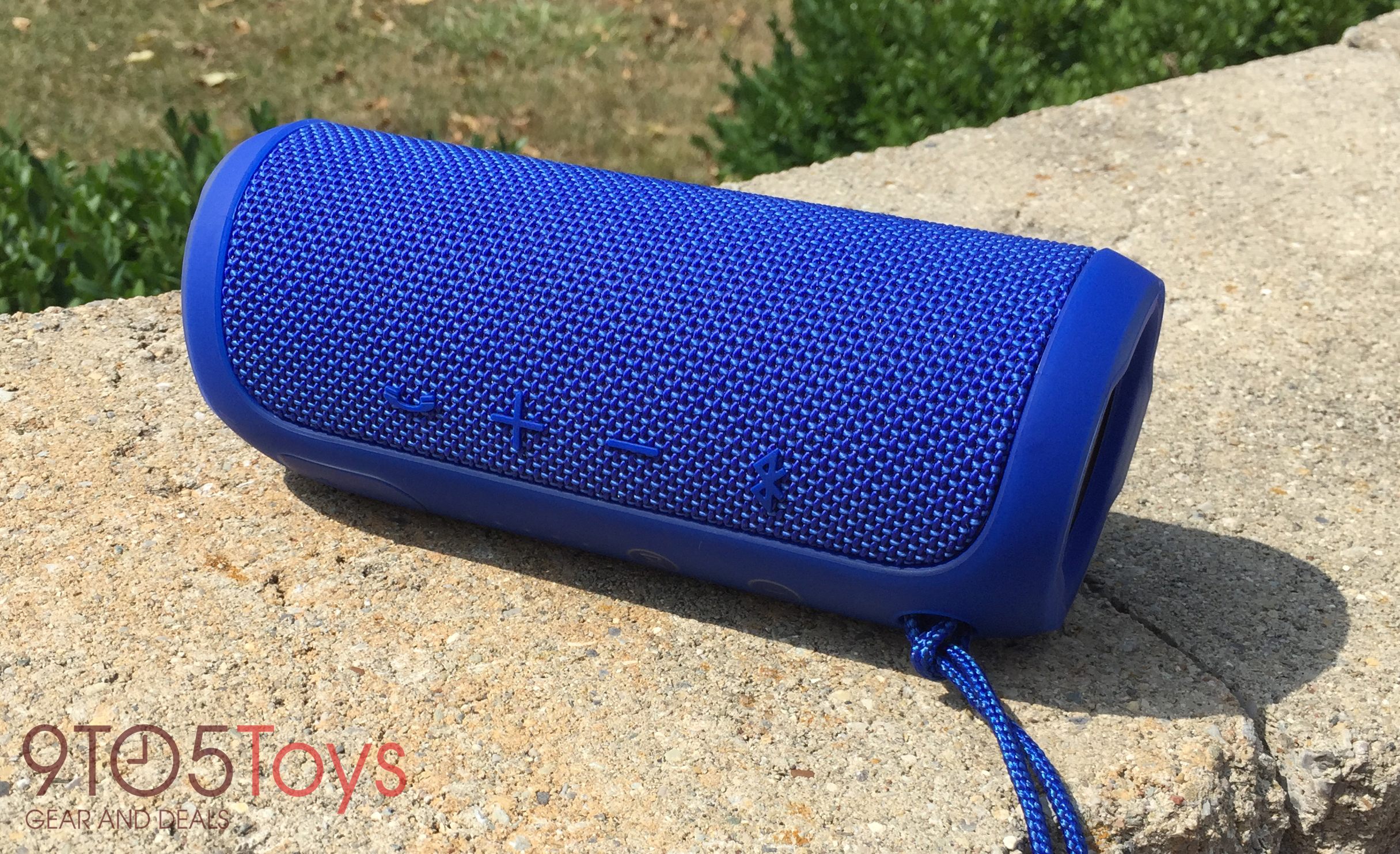 jbl-flip-3-connectivity-9to5toys