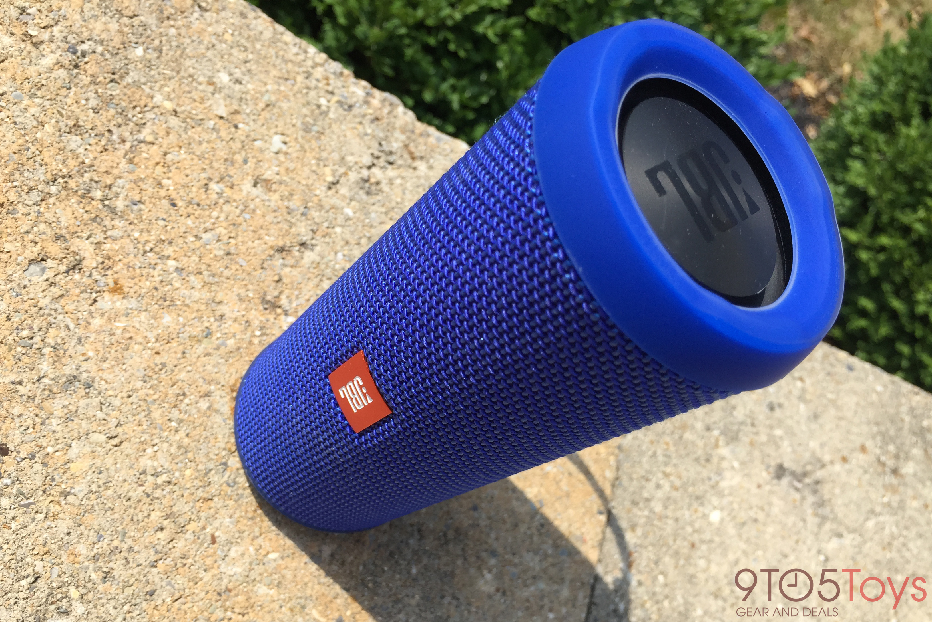 jbl-flip-3-side-view-9to5toys