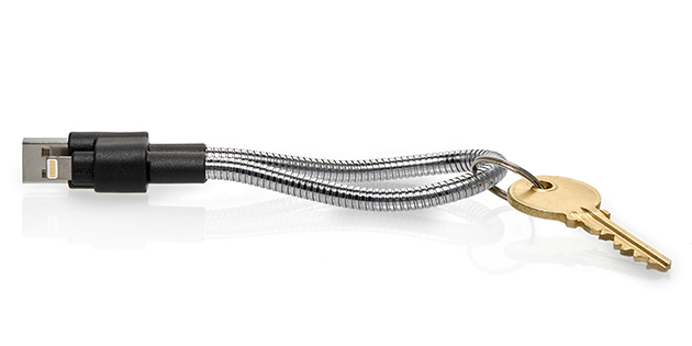titan-loop-lightning-cable