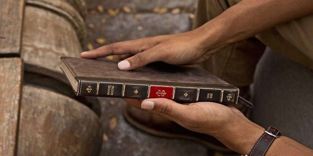 Twelve South-BookBook-sale-01