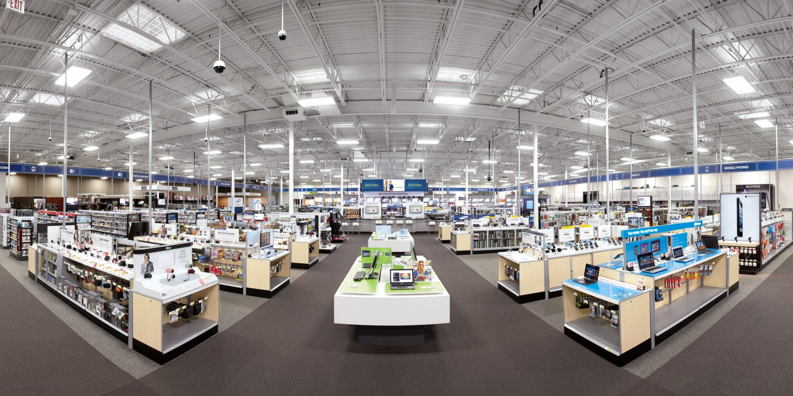 Best Buy offers a $10 credit when picking up $10+ orders in