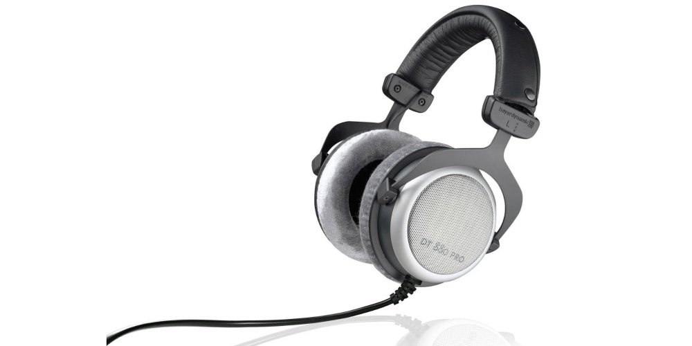 Beyerdynamic DT 880 Pro Semi-Open Circumaural Studio Headphones