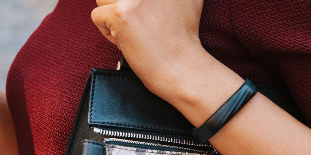 Jawbone UP3-wristband-sale-01