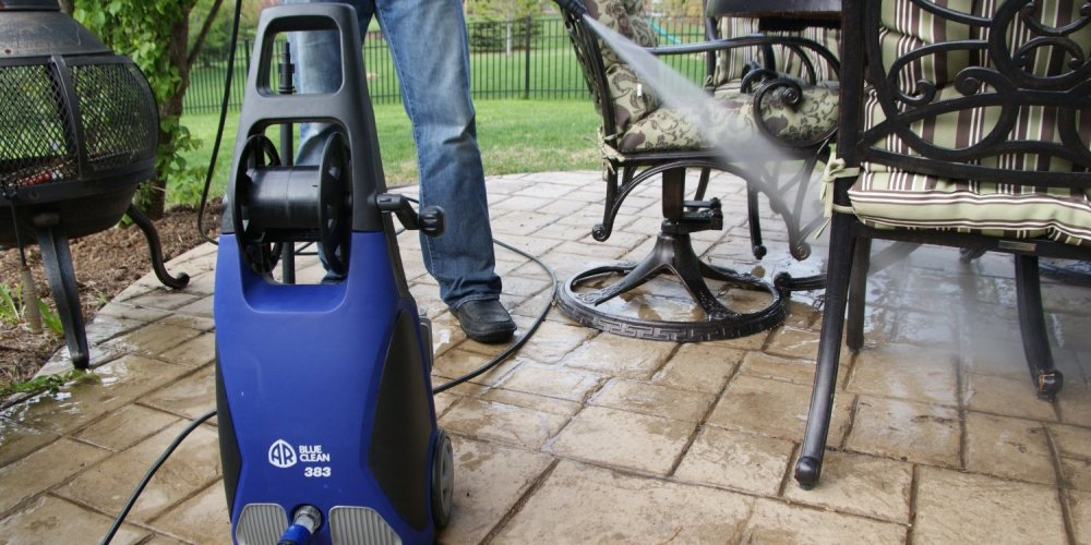 AR Blue Clean 1,900 PSI 1.5 GPM 14 Amp Electric Pressure Washer with Hose Reel (AR383)-sale-01