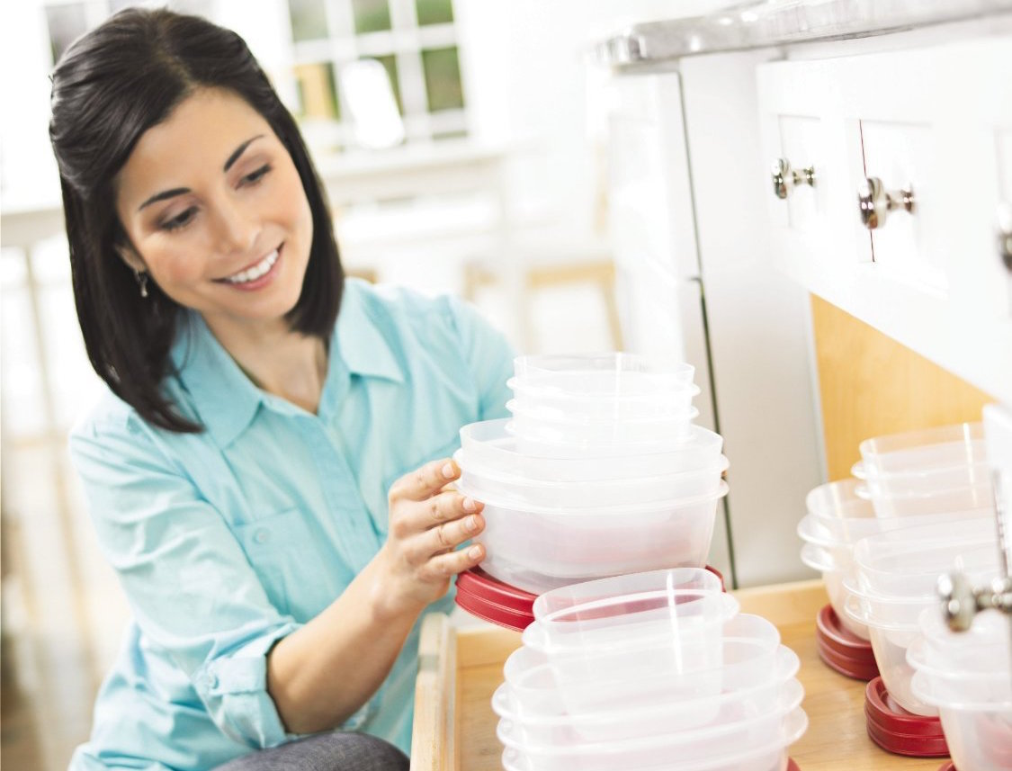 Rubbermaid Easy Find Lid Food Storage Container-sale-01