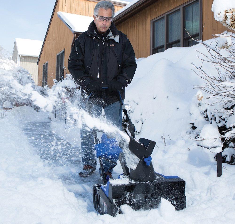 Snow Joe 18%22 13 AMP Electric Snow Thrower