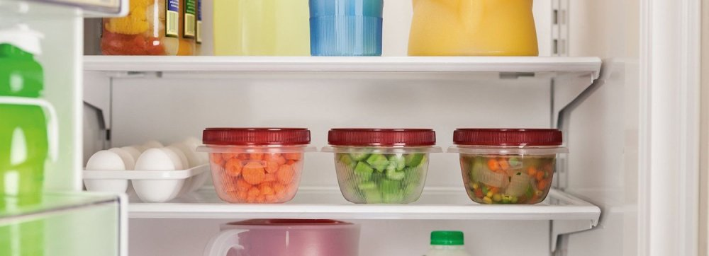 3-Pack Rubbermaid TakeAlongs Twist and Seal Food Storage Containers