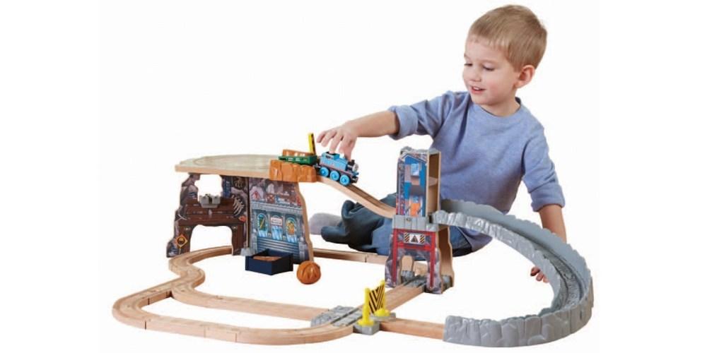 Thomas & Friends Wooden Railway Train Set