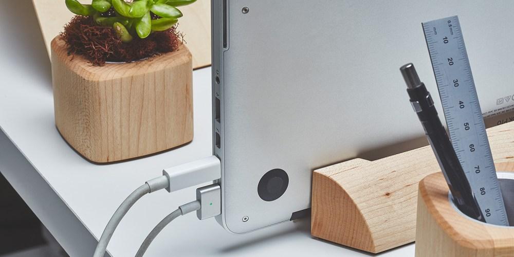 grovemade-walnut-macbook-dock