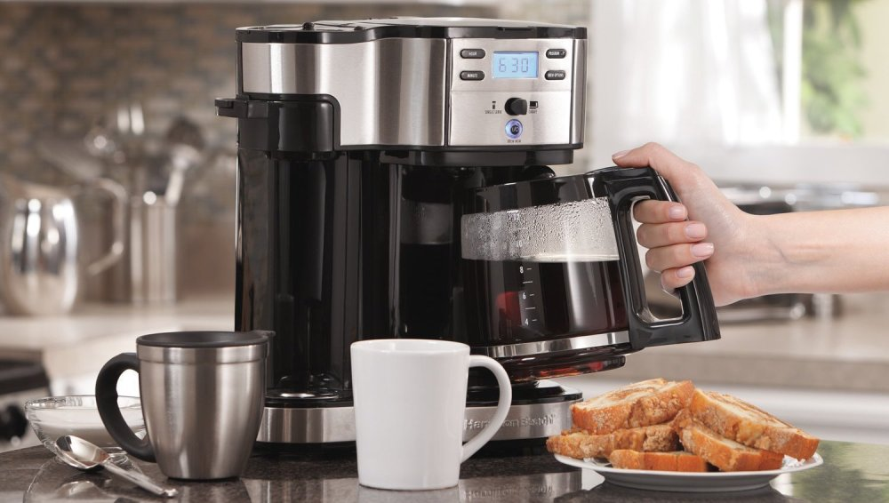 Hamilton Beach 2-Way Single Serve Brewer and Coffee Maker
