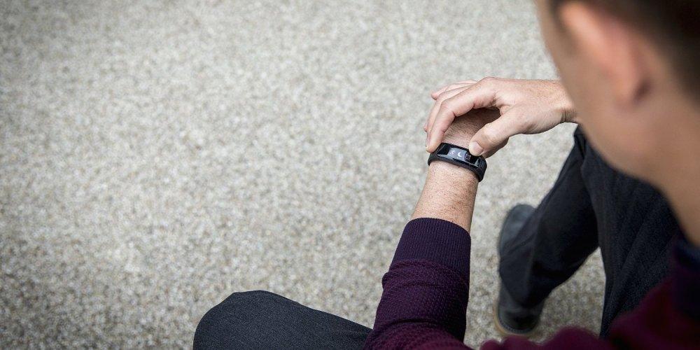 Garmin Vivosmart HR Activity Tracker