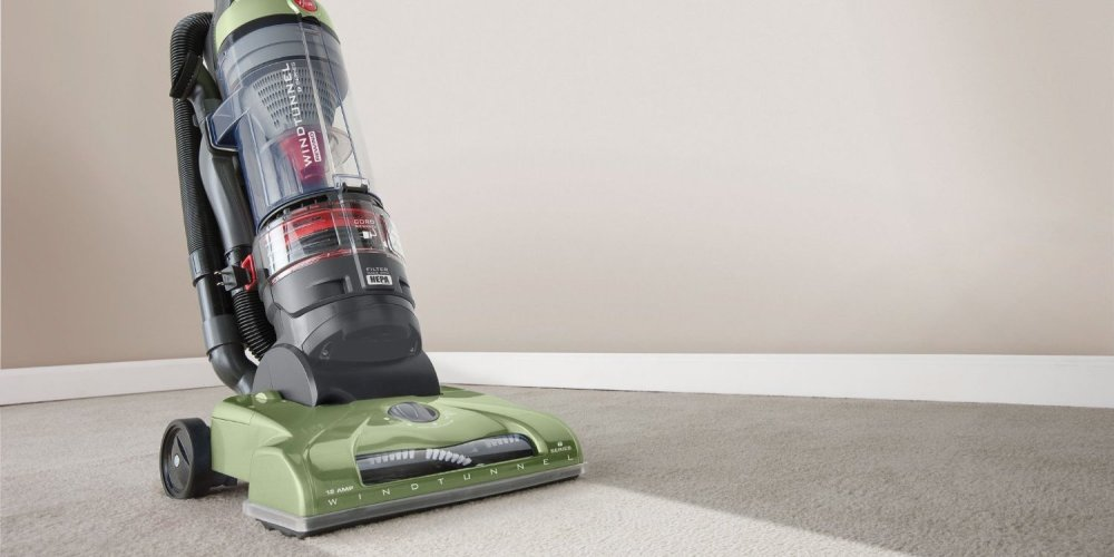 Hoover WindTunnel T-Series Rewind Plus Bagless Upright (UH70120)