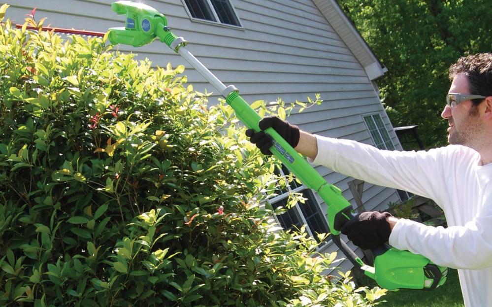 greenworks-hedge-trimmer