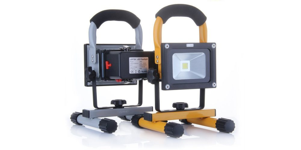 10W Rechargeable LED Portable Work Light with smartphone charging