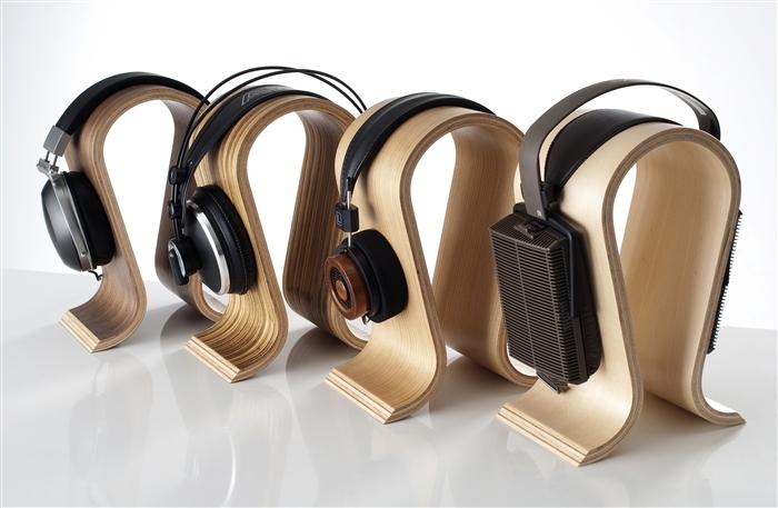 Omega headphone Stand-2