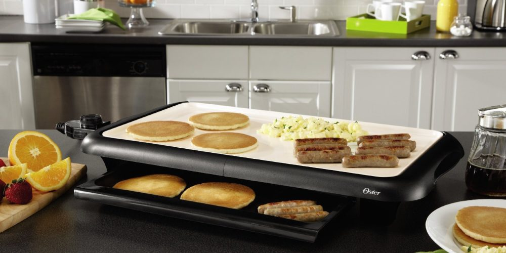 oster-duraceramic-griddle-with-warming-tray-sale-01