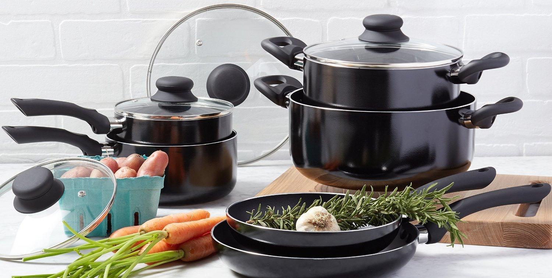 amazonbasics-10-piece-nonstick-cookware-set