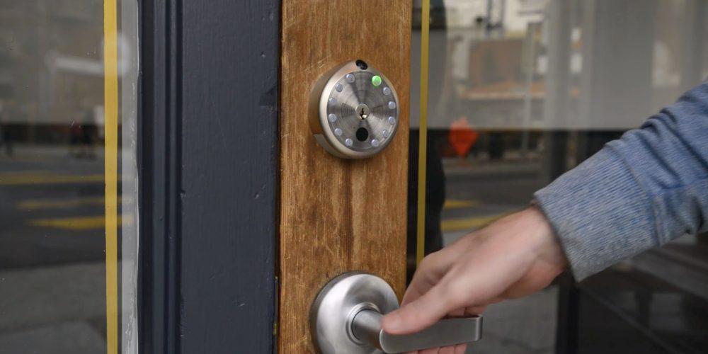 gate-smartlock