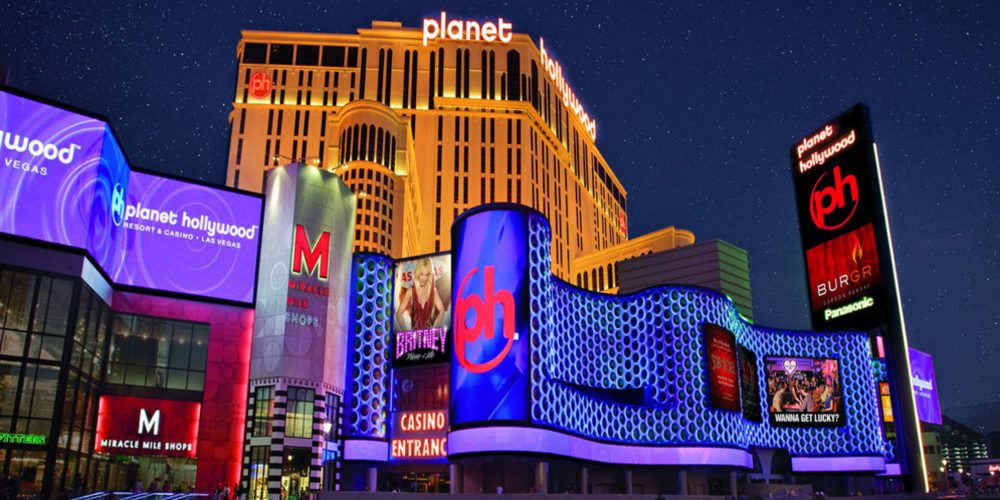 travelocity-planet-hollywood