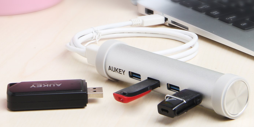 aukey-usb-c-hub-with-4-usb-3-0-ports