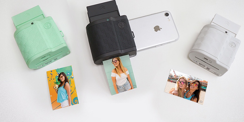 premium selection 8f721 e1459 Prynt Pocket lets you print photos from your iPhone like a Polaroid ...