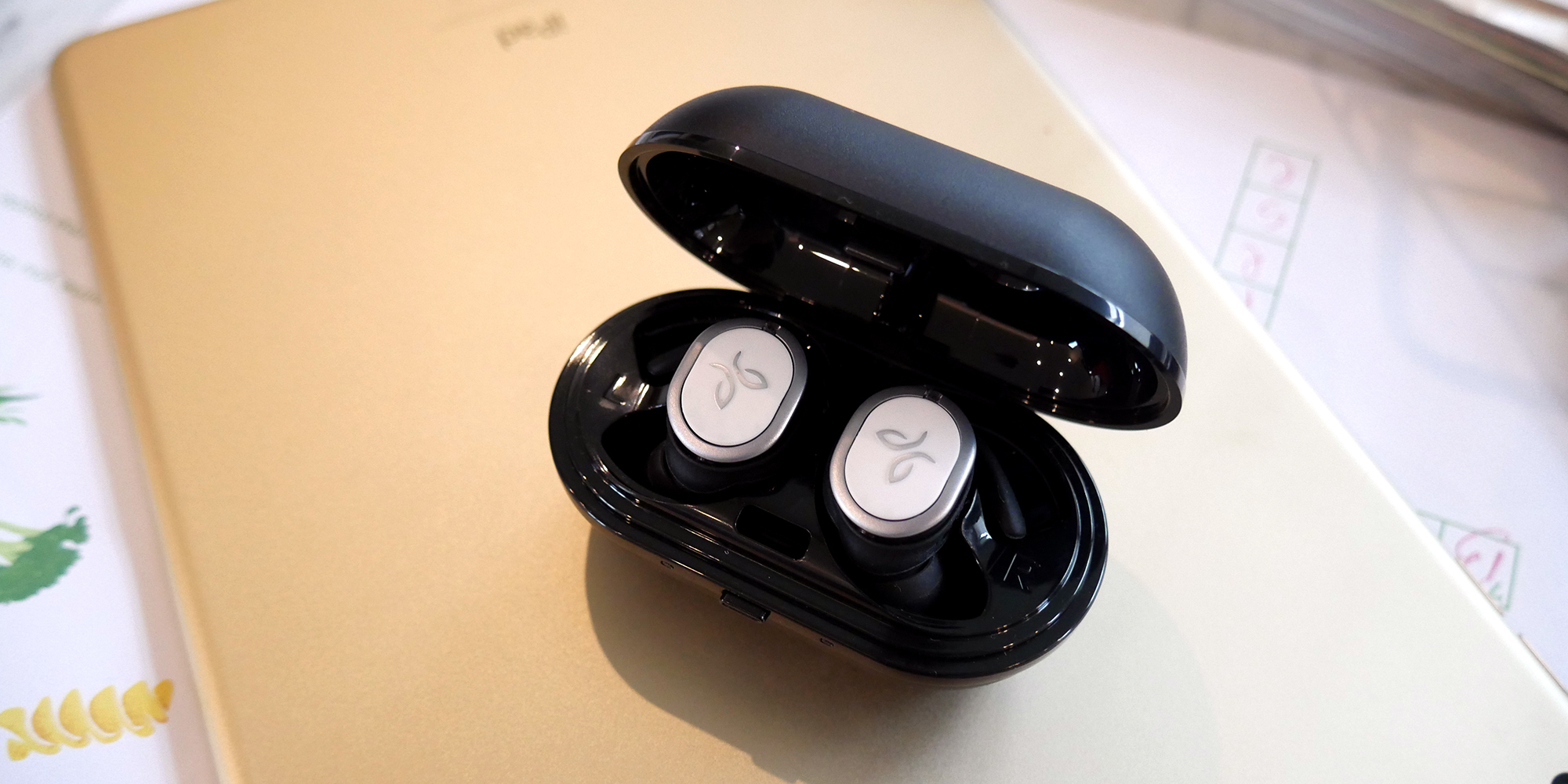Jaybird Run Review: Truly wireless headphones gunning for Apple's AirPods