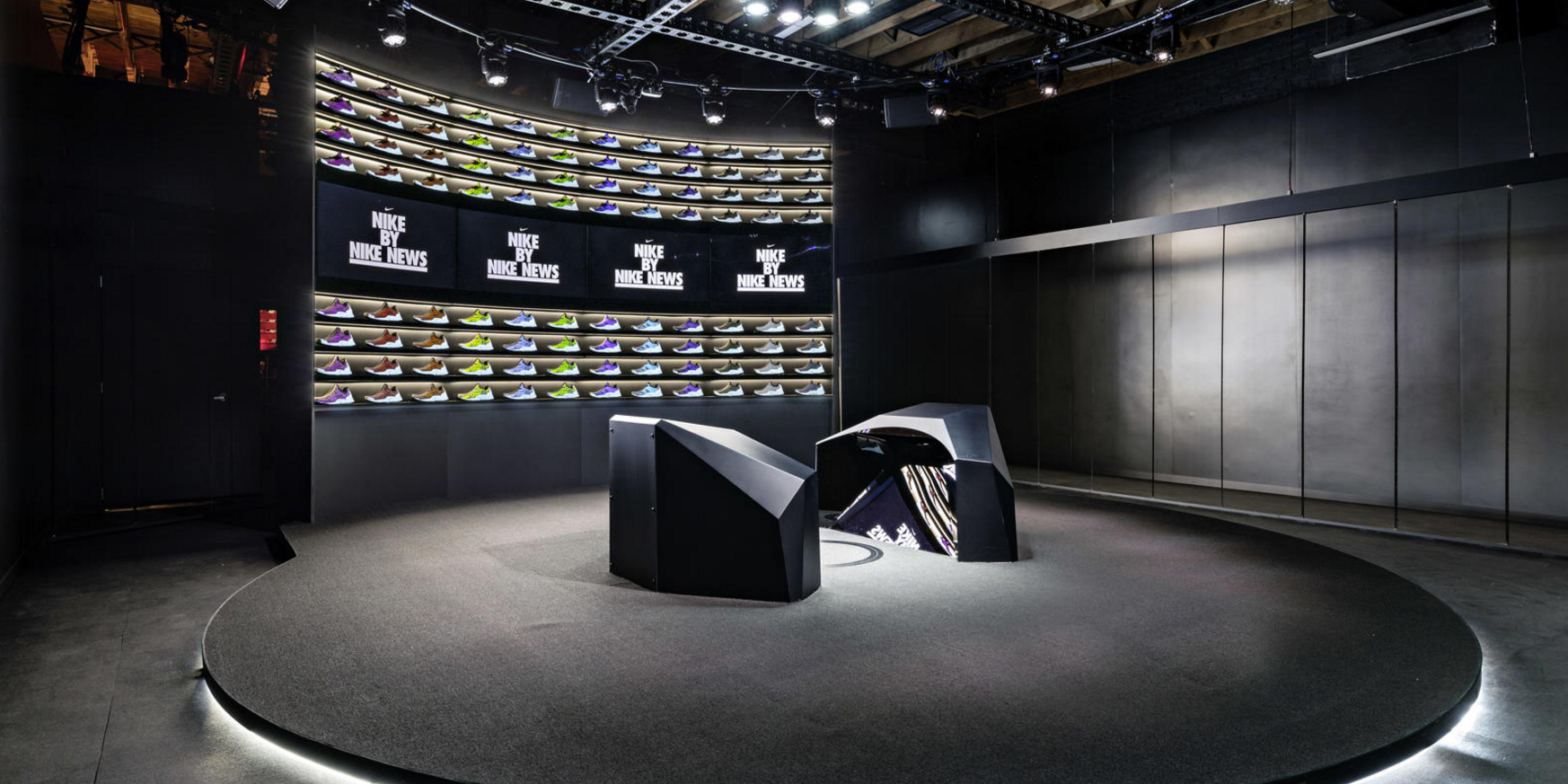 Mercado tribu material  Nike now builds custom shoes in under 90 minutes at its Makers' Studio in  NYC - 9to5Toys
