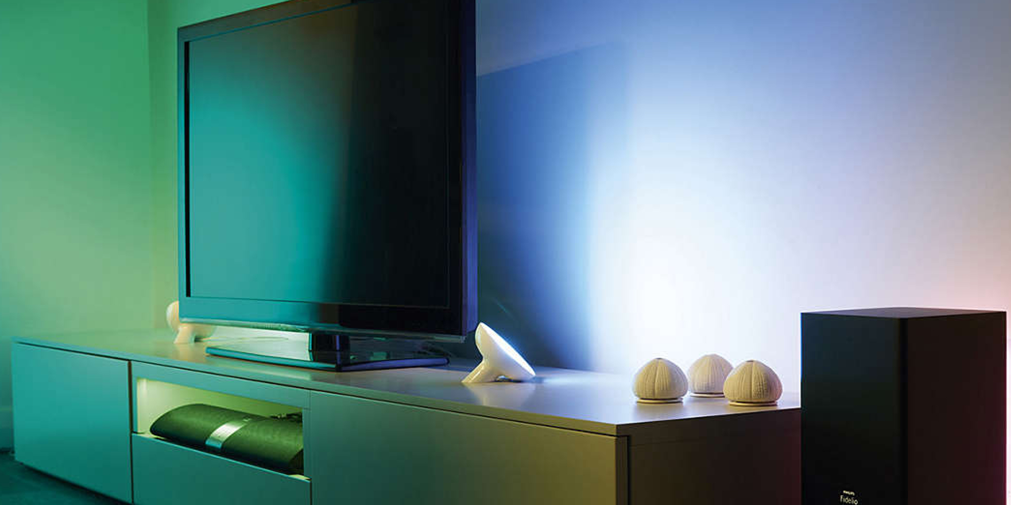 Philips Hue Bloom adds accent lighting around your home for $37.50 (Amazon all-time low)