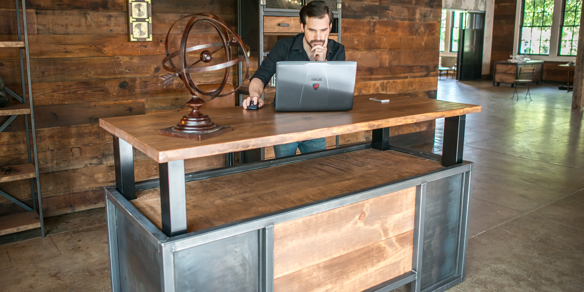 Ordinaire NextDesk Becomes XDesk, Launches Vintage Ultra Premium Executive Standing  Workspaces
