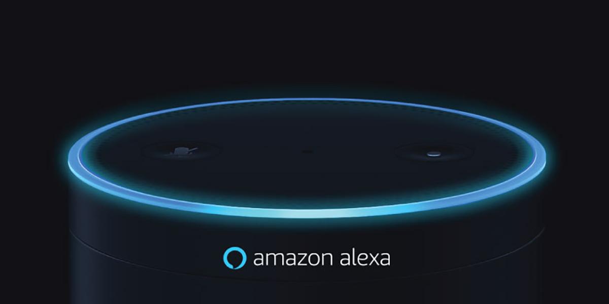 alexa speaker glows