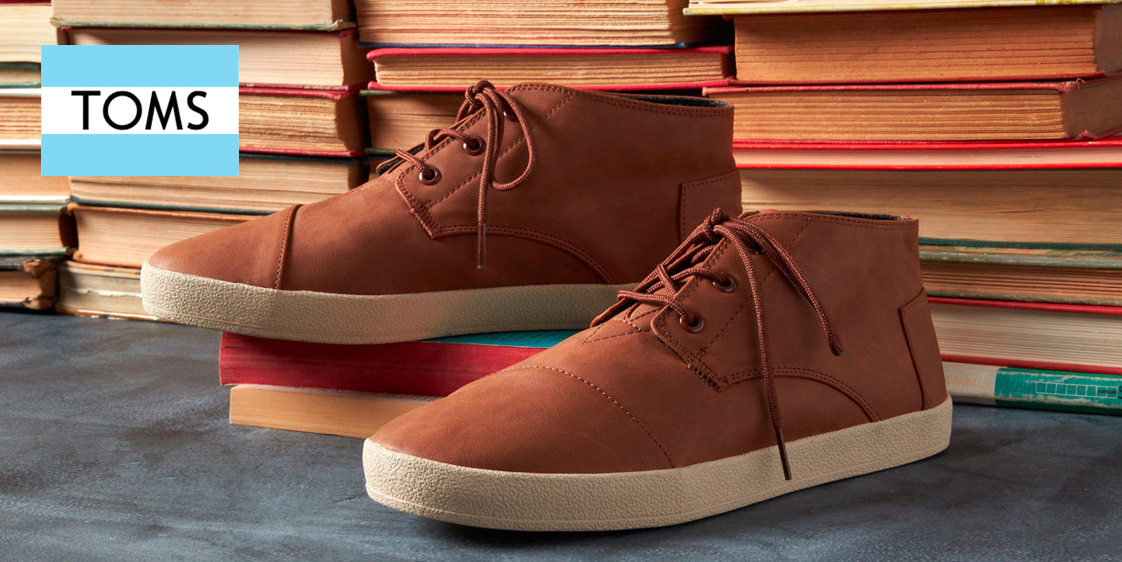 29d1d8b53355 6PM s TOMS   Clarks Flash Sale with up to 50% off  sneakers