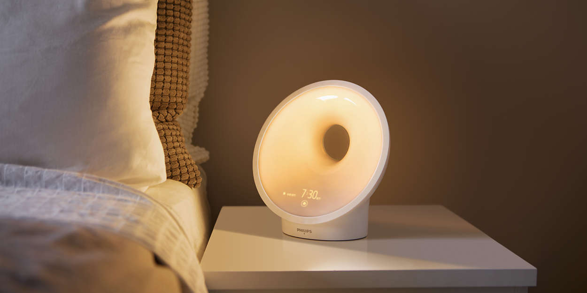 Get a better night's rest w/ the Philips Somneo Sleep Therapy Light for $160 (20% off)