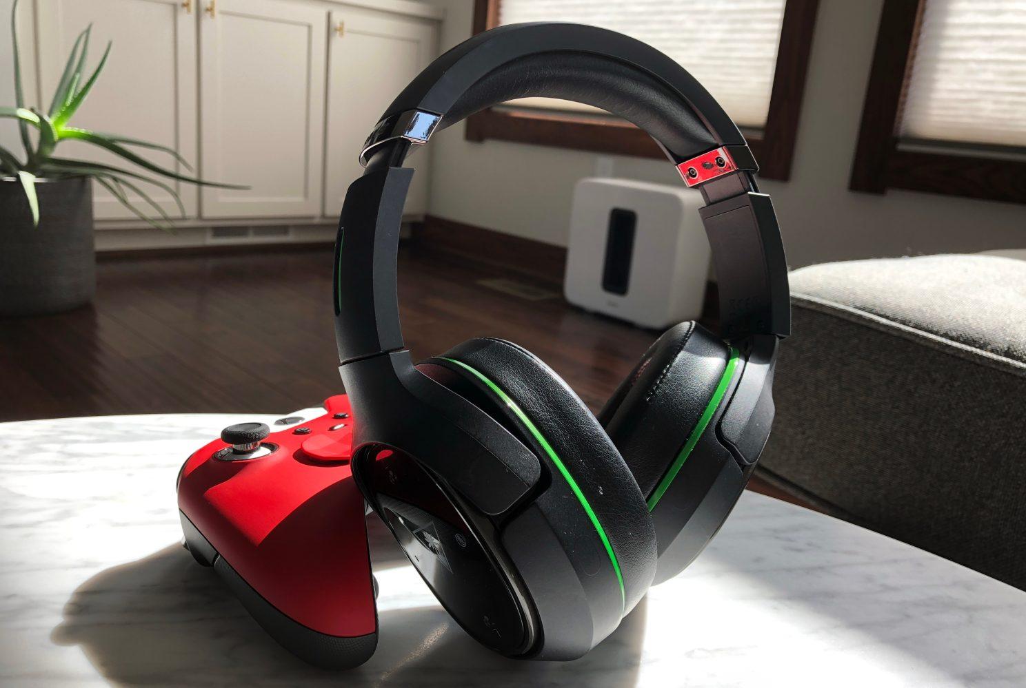 Turtle Beach's high-end Ear Force 800X Xbox One Headset hits