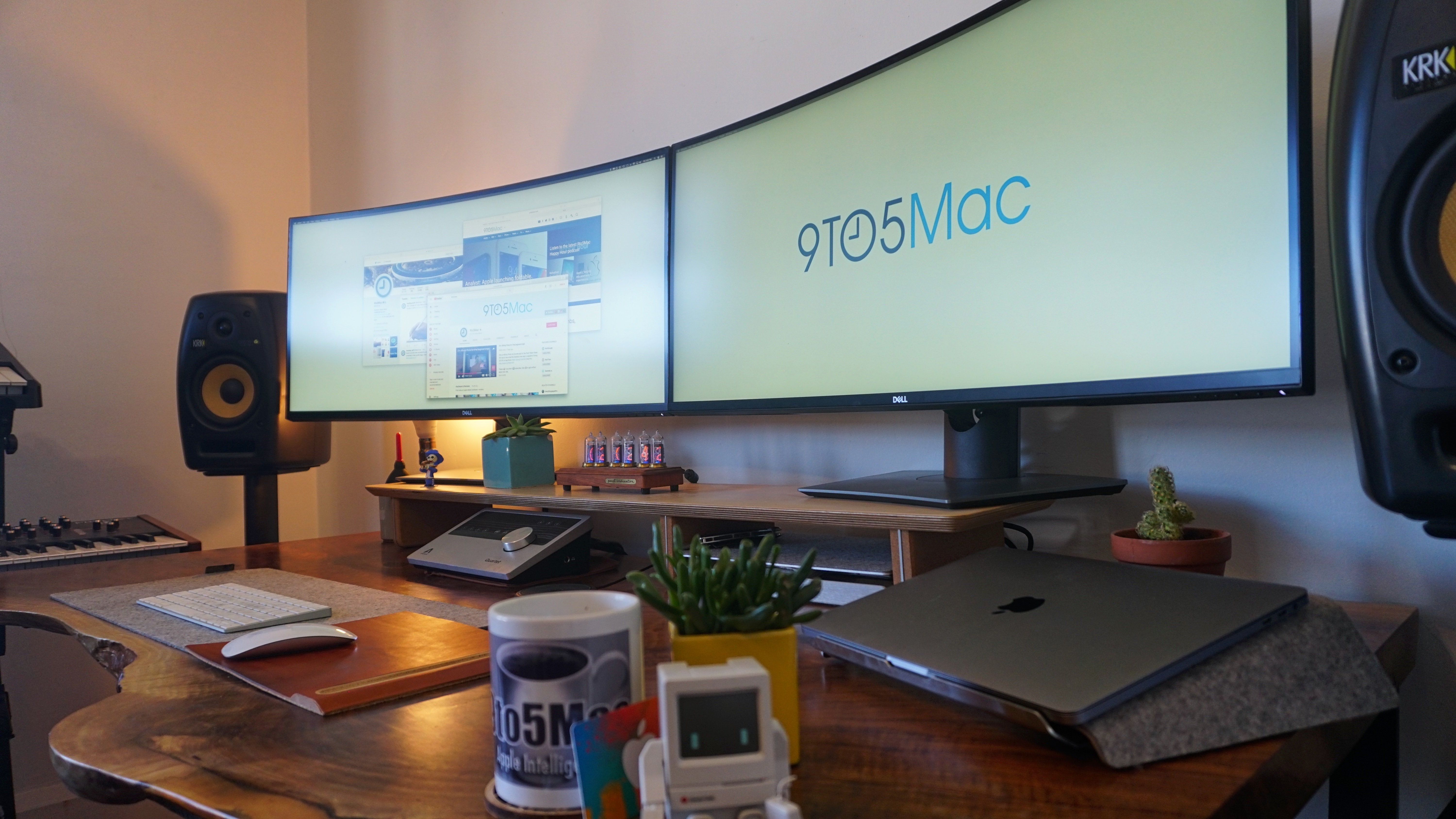 Behind the Screens: Jordan's dual 38-inch curved widescreen monitor battlestation